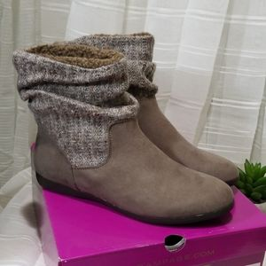 Rampage Boots Ram-Bettey Taupe Micro Size …